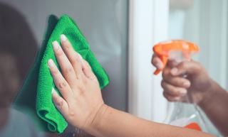 Panos de Microfibra: qual o modelo ideal para a hora da limpeza?